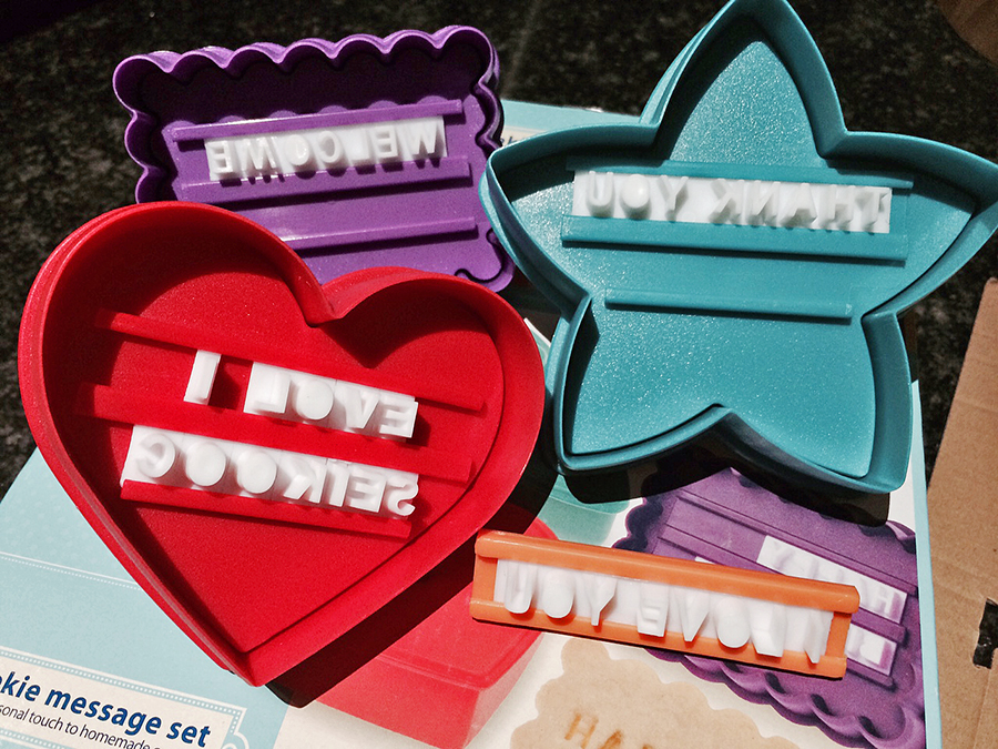 Letter press cookie set