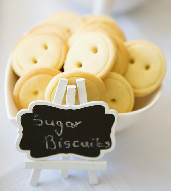 Button sugar biscuits